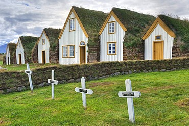 Glaumbaer Museum, Icelandic turf houses, open air museum, turf-roofed houses, turf walls, wooden panels on outer front wall, Iceland, Europe