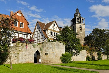 City wall with the tower of the Protestant parish church, Bad Sooden-Allendorf, Hesse, Germany, Europe