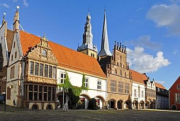 Town Hall in front of the Parish Church of Saint Nicolai, Lemgo, North Rhine-Westphalia, Germany, Europe