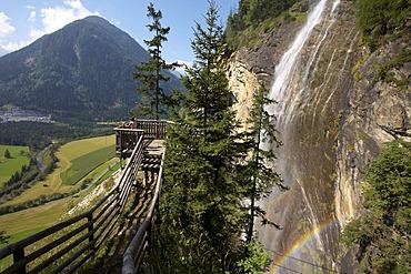 Fallbachfall Waterfalls, viewing platform, Maltatal Valley, Hohe Tauern Range, Carinthia, Austria, Europe