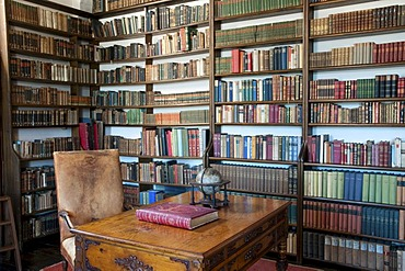 Library, Haemelschenburg Castle, Weser Renaissance style, Weserbergland, Lower Saxony, Germany, Europe