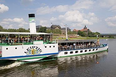 Paddle wheel steamer on River Elbe, Dresden, Saxony, Germany