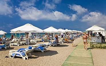 Sandy beach with bathers near Side, Turkish Riviera, Turkey, Asia