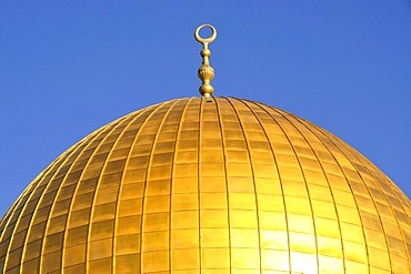 Detail of the golden dome of the Dome of the Rock, Qubbet es-Sakhra, on Temple Mount, Jerusalem, Israel, Western Asia, Orient