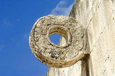 Chichen Itza, Juego de Pelota, The Great Ball Court, carved ring, Yucatan, Mexico, UNESCO World Heritage Site