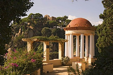 Linne Temple in the Mar i Murtra garden near Blanes, Costa Brava, Spain, Europe
