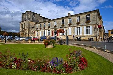 Maison de Vin de Saint Emilion, House of wine, Saint-Emilion, Aquitaine, France, Europe, PublicGround