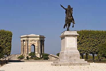 Pavilion and memorial, Promenade du Peyrou, Montpellier, Languedoc-Roussillion, France, PublicGround