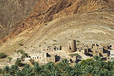 Houses made of clay in Birkat al Mawz, Sultanate of Oman, Middle East