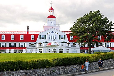 Hotel Tadoussac from 1865 on the mouth of Saguenay Fjord to Saint Lawrence River, Tadoussac, Canada, North America