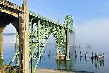 Yaquina Bay Bridge, old steel bridge, sight, Newport, Lincoln County, Oregon USA