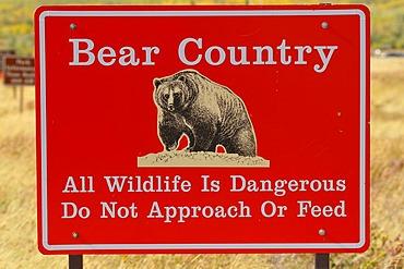 Warning sign Bear Country
