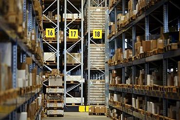 Warehouse of forwarding company Kuehne + Nagel in Gaertringen, Baden-Wuerttemberg, Germany, Europe