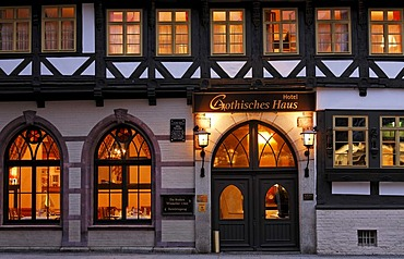 Romantic Hotel Gothisches Haus, historic half-timbered house, evening, Wernigerode market place, Harz, Saxony-Anhalt, Germany, Europe