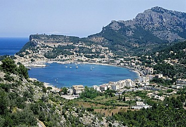 Circular bay of Puerto de Soller, Majorca, Balearic Islands, Spain, Europe