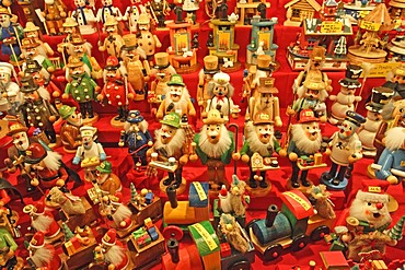 Display of nutcrackers, Christmas market, Nuremberg, Bavaria, Germany