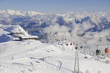 Millennium Express cable car, Tressdorfer Hoehe Mountain, Nassfeld, Carinthia, Austria, Europe