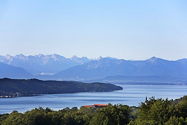 Starnberger See Lake with mountain chain of the Alps, view from Starnberg, Fuenfseenland, Upper Bavaria, Germany, Europe