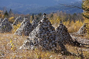 Stone pyramids on a gravel bank on the Isar River, near Bad Toelz, Isarwinkel, Upper Bavaria, Germany, Europe