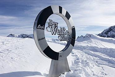Der Weisse Ring, German for The White Ring, Lech-Zuers skiing area on Ruefikopf mountain, Lechtal Alps, Vorarlberg, Austria, Europe