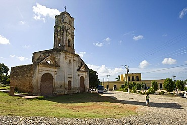 Ruins of a church in Trinidad, Sancti-Spiritus Province, Cuba, Latin America, America