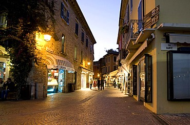 Historic district of Sirmione at the Scaliger Castle in the evening, Castello Scaligero, commune of Sirmione, Lombardy, Italy, Europe