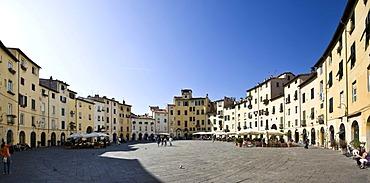 Piazza del Anfiteatro Square, Piazza Mercato Square, Amphitheatre, Lucca, Tuscany, Italy, Europe