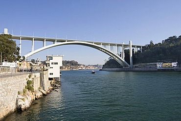 Ponte da Arrabida Bridge, Porto, UNESCO World Cultural Heritage Site, Portugal, Europe