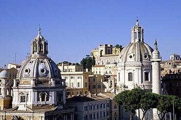 View of the Collonna Traiana Column from the Vittoriano, two church domes, Prefettura, imperial foras, Fori Imperiali, Foro di Traiano, Piazza Venezia Square, Rome, Italy, Europe