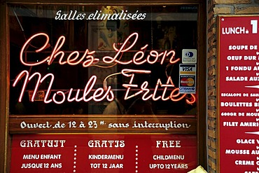 Chez Leon, Moules Frites, illuminated writing in a restaurant window, Rue des Bouchers, Ilot Sacre, Brussels, Belgum, Benelux, Europe