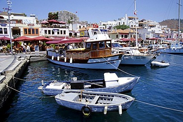 Promenade, sailing boats in the port, Marmaris in the Mugla Province, Mediterranean Sea, Turkey
