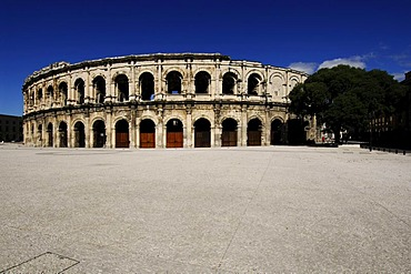 Arena, the Nimes Antique Theater, Provence, France, Europe