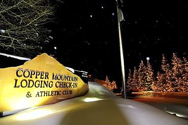 Driveway to the Copper Mountain Lodge, Copper Mountain ski area, Colorado, USA, North America