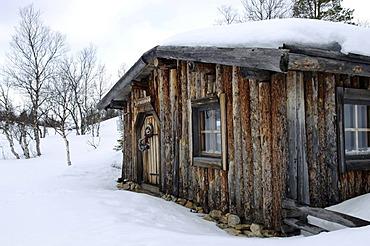 Wilderness lodge in Saariselkae skiing region, Ivalo, Lapland, Finland, Europe