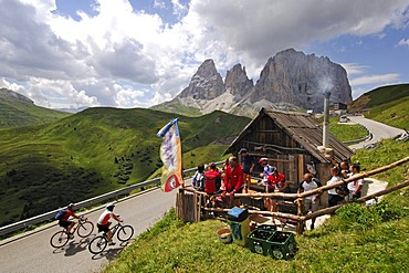 Racing cyclists on Passo Sella mountain pass, Sella Ronda Bikeday, Val Gardena, Alto Adige, Dolomites, Italy, Europe