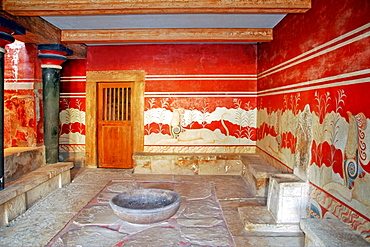Throne of King Minos, archaeological site of Knossos, Crete, Greece, Europe