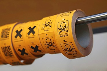 Marking labels for chemical compounds