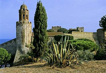 Fortezza with the Rocca Aragonese Campanile, Castiglione della Pescaia, Maremma, Grosseto Province, Tuscany, Italy, Europe