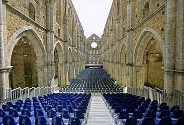 Basilica of the Cistercian Abbey Abbazia di San Galgano ruins by Chisudino, province of Siena, Tuscany, Italy, Europe