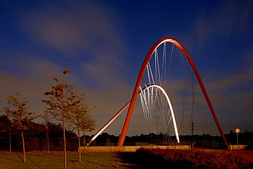 Double arched bridge over the Rhine-Herne-Canal, Nordstern Park, Gelsenkirchen, Ruhr Area, North Rhine-Westphalia, Germany, Europe