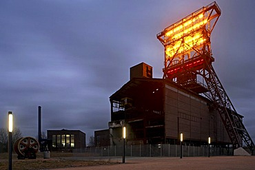 Consolidation Coal Mine Industrial Complex with a light installation, Gelsenkirchen, Ruhr district, North Rhine-Westphalia, Germany, Europe