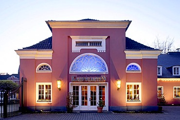 Schloss Oberhausen castle, Ludwig Galerie art gallery, Kaisergarten, Ruhr district, North Rhine-Westphalia, Germany, Europe
