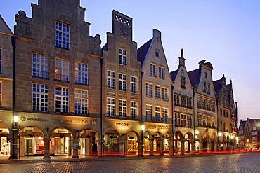 Gable houses on Prinzipalmarkt Square, Muenster, Muensterland, North-Rhine Westphalia, Germany, Europe