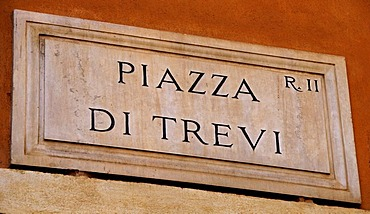Street sign for Piazza di Trevi, at the Trevi Fountain, Rome, Italy, Europe