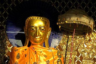Golden Buddha statue with umbrella, Shwedagon, Yangon, Burma, South East-Asia
