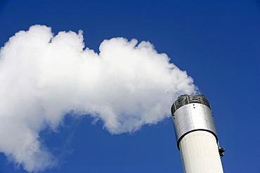 Waste incineration plant run by the Zweckverband Abfallverwertung Suedhessen in Darmstadt, Hesse, Germany, Europe