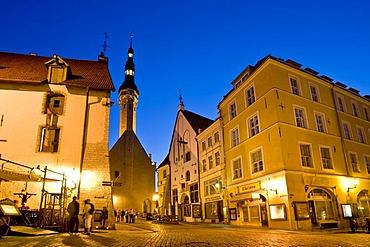 Historic centre of Tallinn in evening light, town hall, Tallinn, Estonia, Baltic States, North Europe