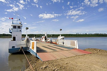 Public ferry across the Peel River, Dempster Highway, Yukon Territory, Canada, North America