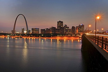 """The Arch"", landmark of the city St. Louis, Mississippi, Missouri, USA"