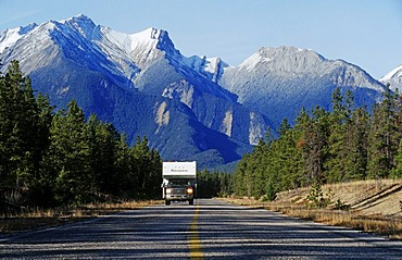 Drive through the Rocky Mountains, Jasper National Park, Alberta, Canada, North America